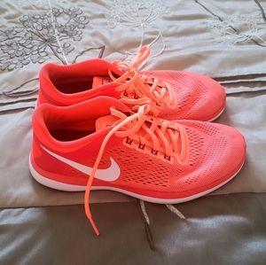 Nike Fitsole Women's 8